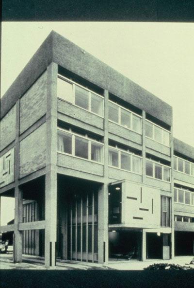 Hille House designed by Ernö Goldfinger
